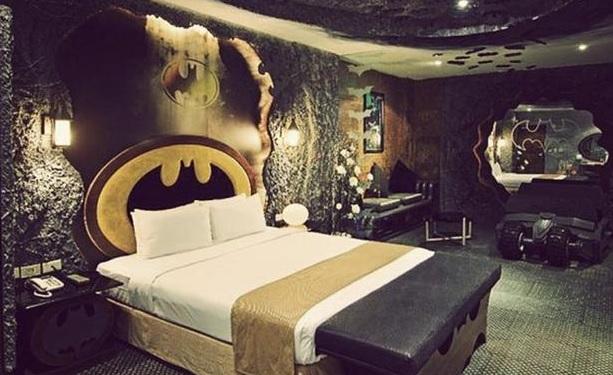 hoteles tematicos habitacion hambienta con batman