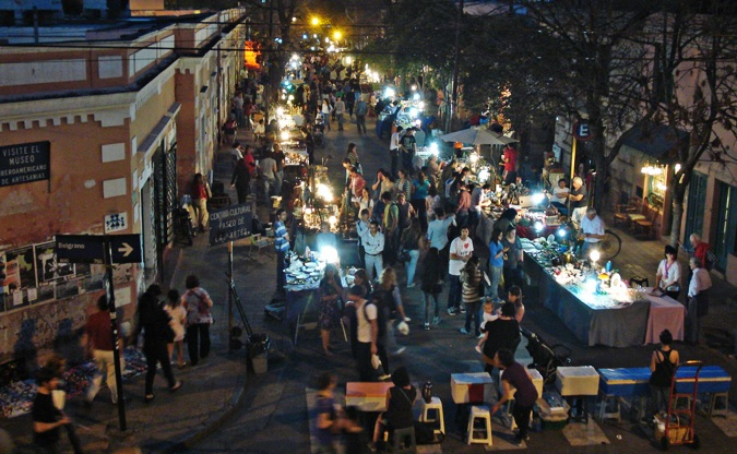 Feria de artesanias en Córdoba